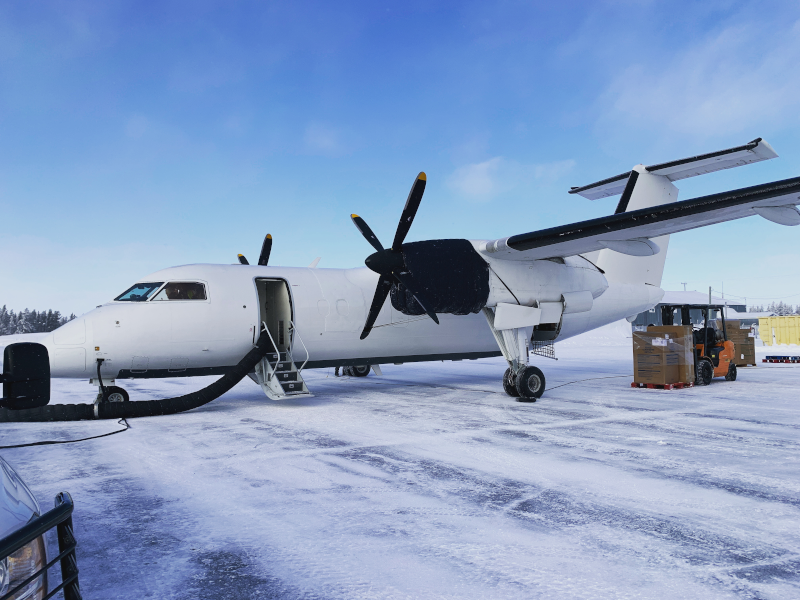 Dash 7 C-GGUL Flying over YYB Airport